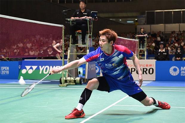 Son Wan Ho beats Daren Liew to win the 2016 Korea Masters Championships. (photo: AP)