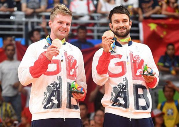 Marcus Ellis and Chris Langridge win men's doubles bronze medal at Rio Olympics. (photo: AP)