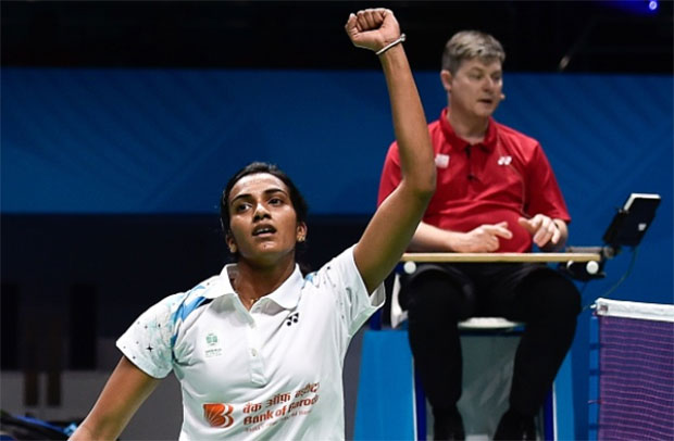 P.V. Sindhu will go into semi-final with alot of confidence after victory over Carolina Marin in the last Group match. (photo: AFP)