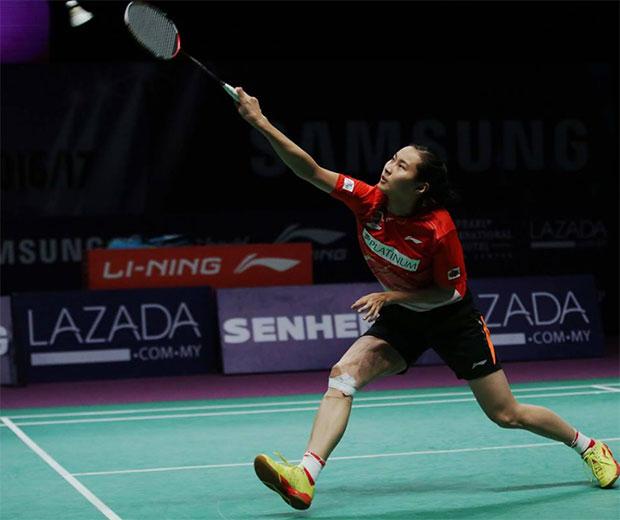 Wang Yihan loses her Purple League debut on Thursday. (photo: Purple League)