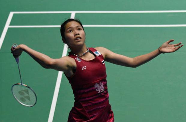 Ratchanok Intanon to meet Carolina Marin in in Malaysia Open quarter-finals. (photo: AP)