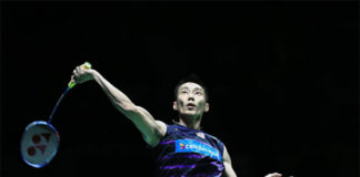 Lee Chong Wei kicks off Sudirman Cup in style. (photo: AP)