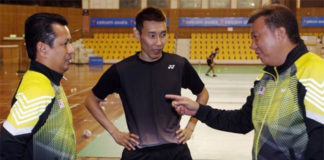 BAM should have realized about the coaching problem 10 years ago. Hope this change proposed by Norza (left) could produce a new generation of badminton stars for Malaysia