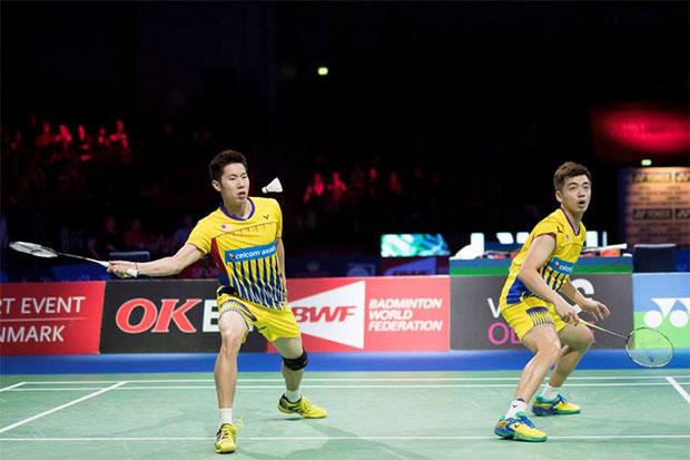 Goh V Shem/Tan Wee Kiong handed easy passage into Thailand Masters quarter-finals. (photo: AP)