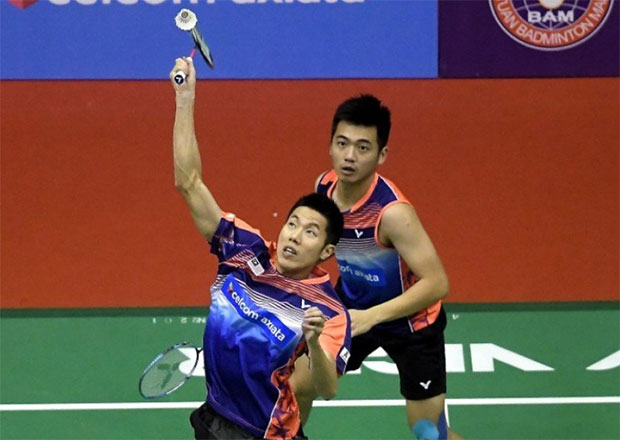 It'll be interesting to see whether Goh V Shem/Tan Wee Kiong can beat the reigning World Champions Zhang Nan/Liu Cheng twice in one week. (photo: AP)