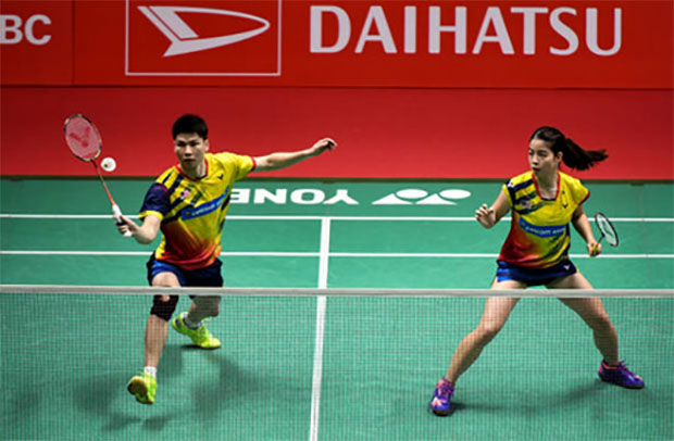 Goh Soon Huat/Shevon Jemie Lai have taken the upper hands against the higher ranked Tan Kian Meng/Lai Pei Jing. (photo: AP)