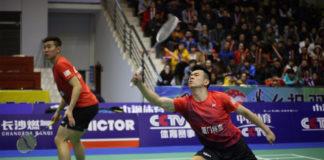 Zheng Siwei (right) and Liu Cheng in the 2017-2018 China Badminton Super League final.