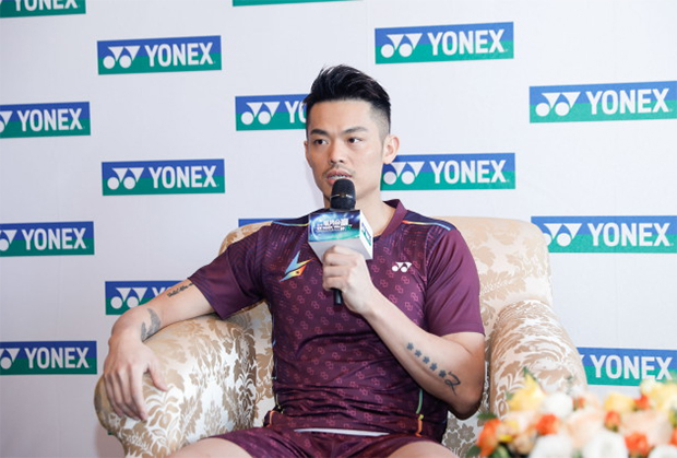 Lin Dan talks during the press conference.