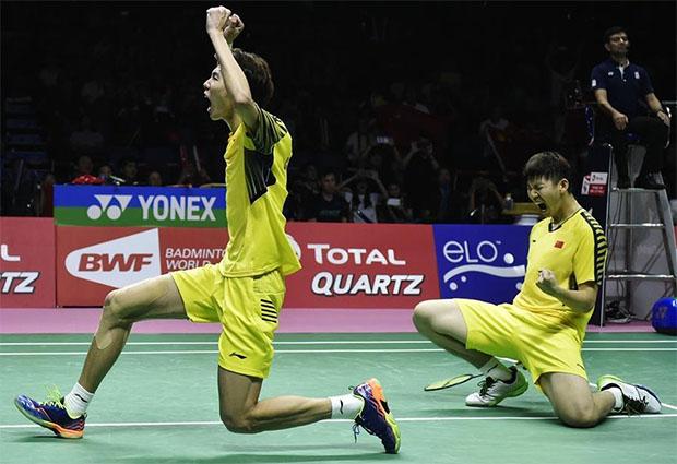 Liu Yuchen/Li Junhui are ecstatic after their come from behind win over Keigo Sonoda/Yuta Watanabe. (photo: AP)