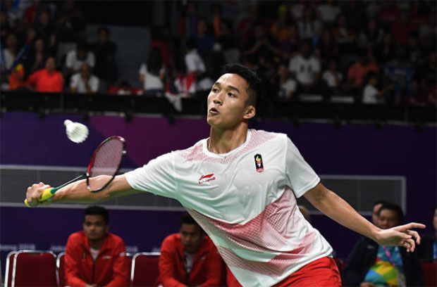Jonathan Christie is a hit with female badminton fans in Indonesia. (photo: AFP)