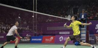 Jonatan Christie plays Chou Tien Chen in the 2018 Asian Games final. (photo: AFP)