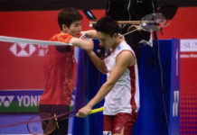 Son Wan Ho shakes hand with Kento Momota after their Hong Kong Open semi-final match. (photo: AFP)