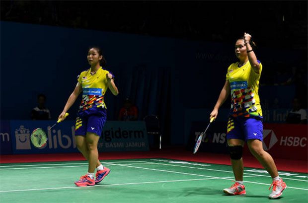 Chow Mei Kuan/Lee Meng Yean have a 1-2 career meeting record against Ashwini Ponnappa/Reddy N. Sikki prior to Sunday's final. (photo: AFP)