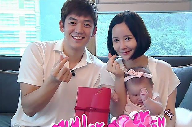 Lee Yong-Dae, his wife Byun Soo Mi and their daughter feature in a Korean reality TV show. (photo: KBS)