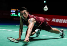 Lin Dan is struggling to maintain his composure during a high intensity match. (photo: AFP)