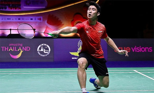 It would be interesting to see how Loh Kean Yew fare against Viktor Axelsen on Friday. (photo: Singapore Badminton Open)