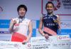Tai Tzu-ying (R) poses with Akane Yamaguchi at the Malaysia Open awards ceremony. (photo: Sadiq Asyraf/Afp/Getty Images)