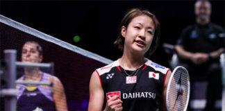 Nozomi Okuhara (R) beats Carolina Marin to enter the Denmark Open final. (photo: Shi Tang/Getty Images)