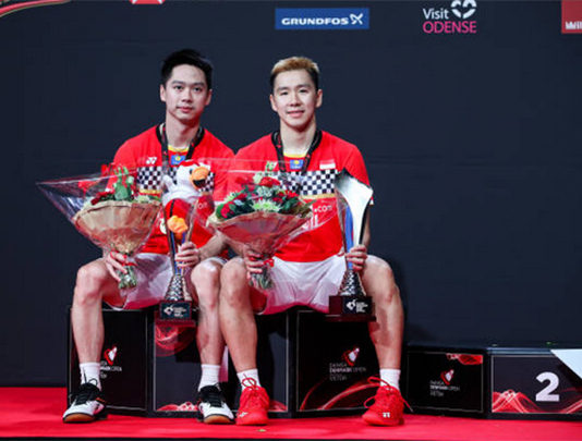 Marcus Fernaldi Gideon/Kevin Sanjaya Sukamuljo continue to dominate against Hendra Setiawan/Mohammad Ahsan in the Denmark final. (photo: Shi Tang/Getty Images)