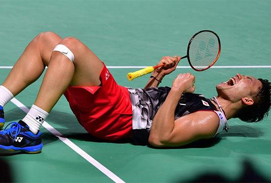 Kento Momota wins his 10th title of 2019 at Fuzhou China Open. (photo: Xinhua)