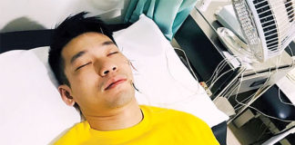 Chan Peng Soon is undergoing acupuncture treatment. (photo: Chan Peng Soon's Instagram)