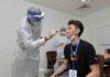 Lee Zii Jia undergoing a Coronavirus swab test. (photo: BAM)