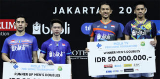 Fajar Alfian/Yeremia Rambitan beat Kevin Sanjaya Sukamuljo/Moh. Reza Isfahani at the PBSI Mola TV Home Tournament final. (photo: PBSI)