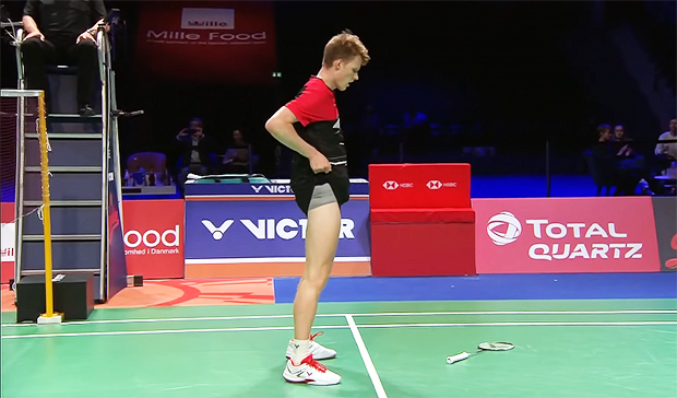 Anders Antonsen pulls up his shorts as soon as winning the 2020 Denmark Open title.