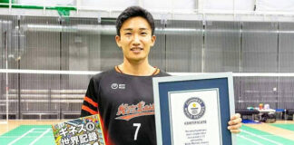 Kento Momota And Guinness World Records. (photo: Guinness World Records)