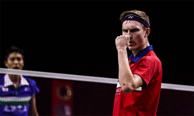 Viktor Axelsen is unstoppable at the 2020 BWF World Tour Finals. (photo: Shi Tang/Getty Images)