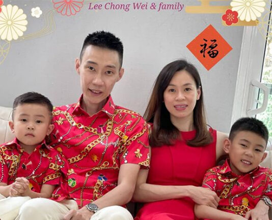 Lunar New Year greetings from Lee Chong Wei and family. (photo: Lee Chong Wei's Facebook)
