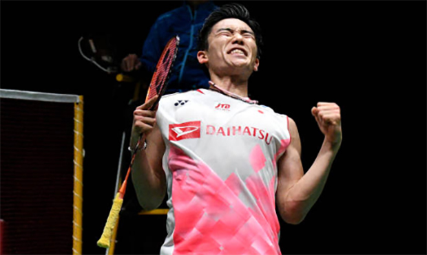 Kento Momota is the heavy favorite to win 2021 All England. (photo: AFP)