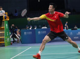 Chen Long eyes for his first-ever gold medal at China's National Games men's singles event. (photo: Weibo)